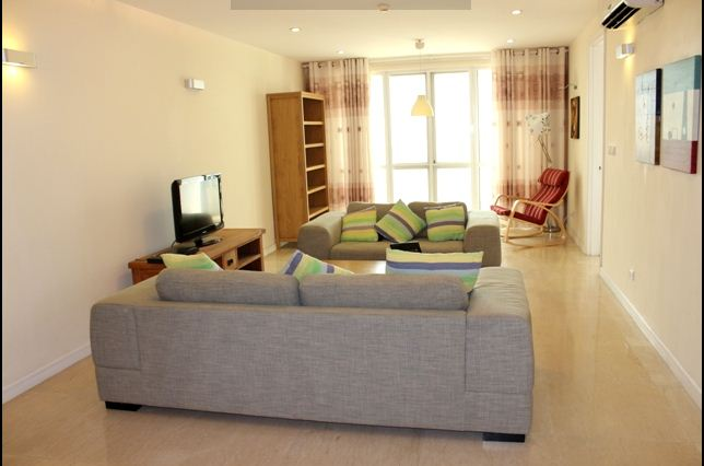 Nice apartment in P building Ciputra at $850