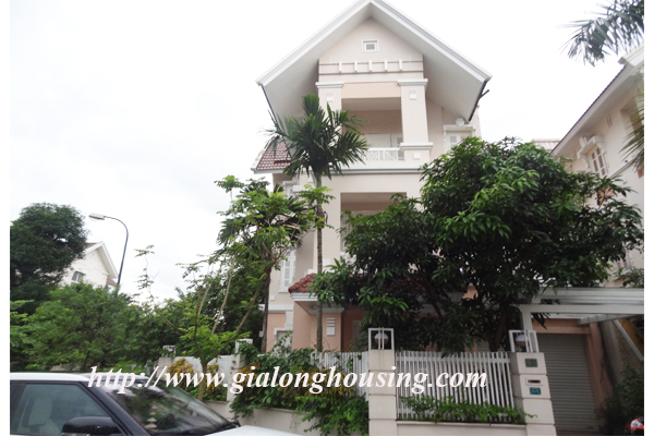Unfurnished villa for rent in Block T Ciputra Hanoi