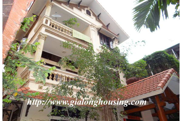 Garden house for rent near Buoi street, Ba Dinh district