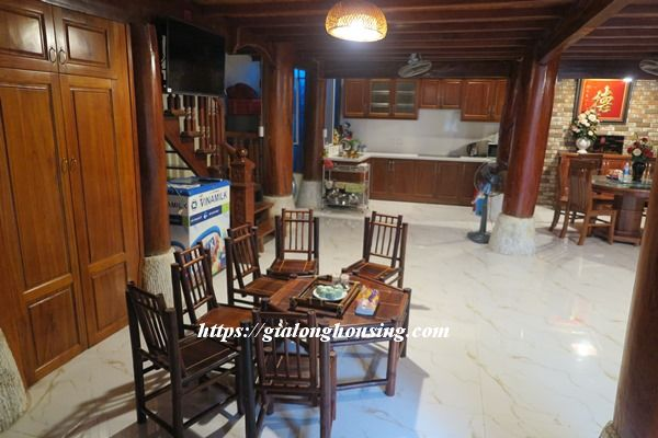 Unique wooden house in Ba Dinh for rent 3