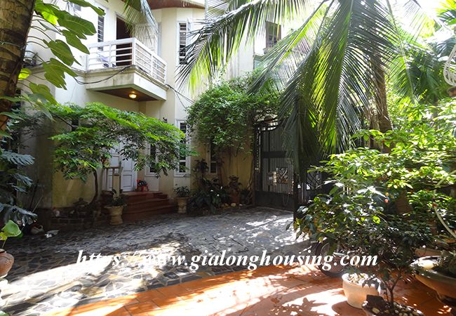 Garden house in To Duc Thang for rent with 4 bedrooms 8