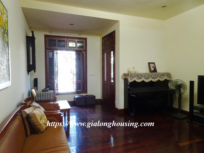 4 bedroom house in Hoang Hoa Tham, Ba Dinh district 3