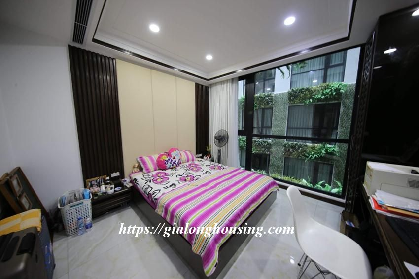 Royal City R6 3 bedrooms apartment for rent 5