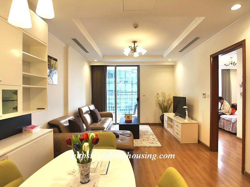 2 bedroom apartment for rent in Vinhomes Nguyen Chi Thanh 2