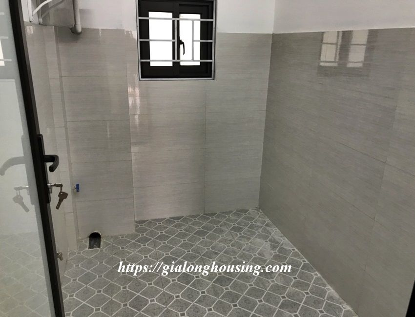 Unfurnished house in Dang Thai Mai, 3 bedrooms 2