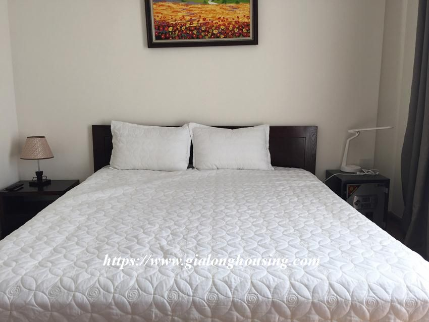 One bedroom nice apartment in Vinhomes Nguyen Chi Thanh 7