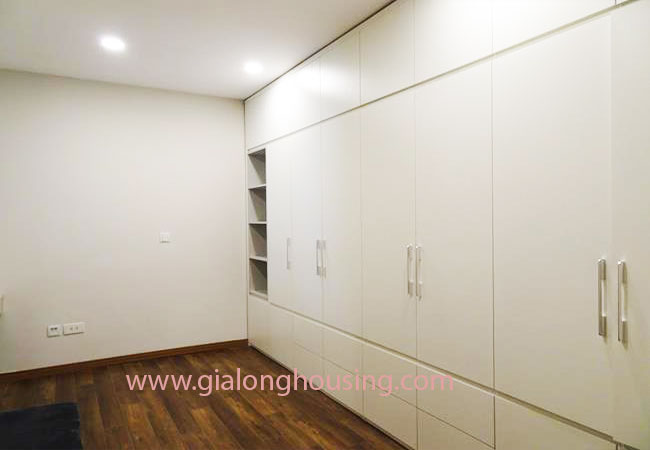 Cozy apartment for rent in L4 building, Ciputra 10