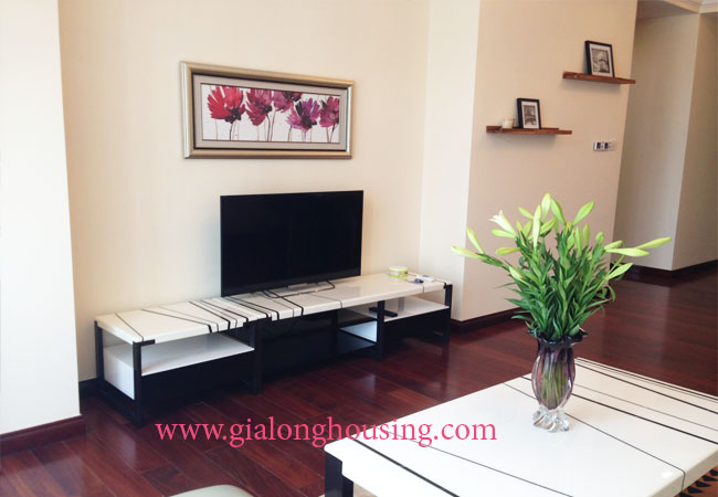 02 bedroom apartment for rent in Royal City Hanoi, R2 building 2